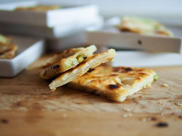 Chinese scallion pancakes | Foodmanna | Things I Want to Eat | Pinter ...