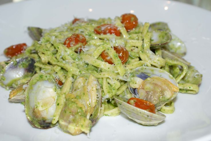 Manila Clams and Black Pepper Pasta - Parsley and fennel frond pesto ...