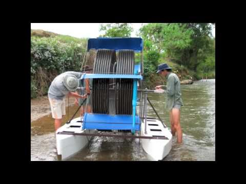 ... Floating Water Wheel | PREPPERS: OFF-GRID HOMES & ALTERNATIVE POWER
