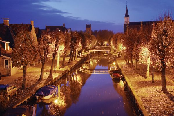 Sloten, Friesland, The Netherlands | Oh the places we'll ...
