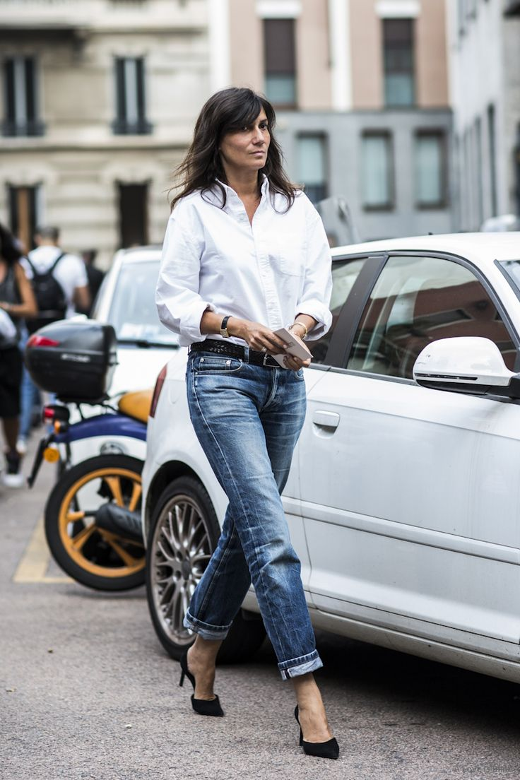 the white shirt. #EmmanuelleAlt in Milan.