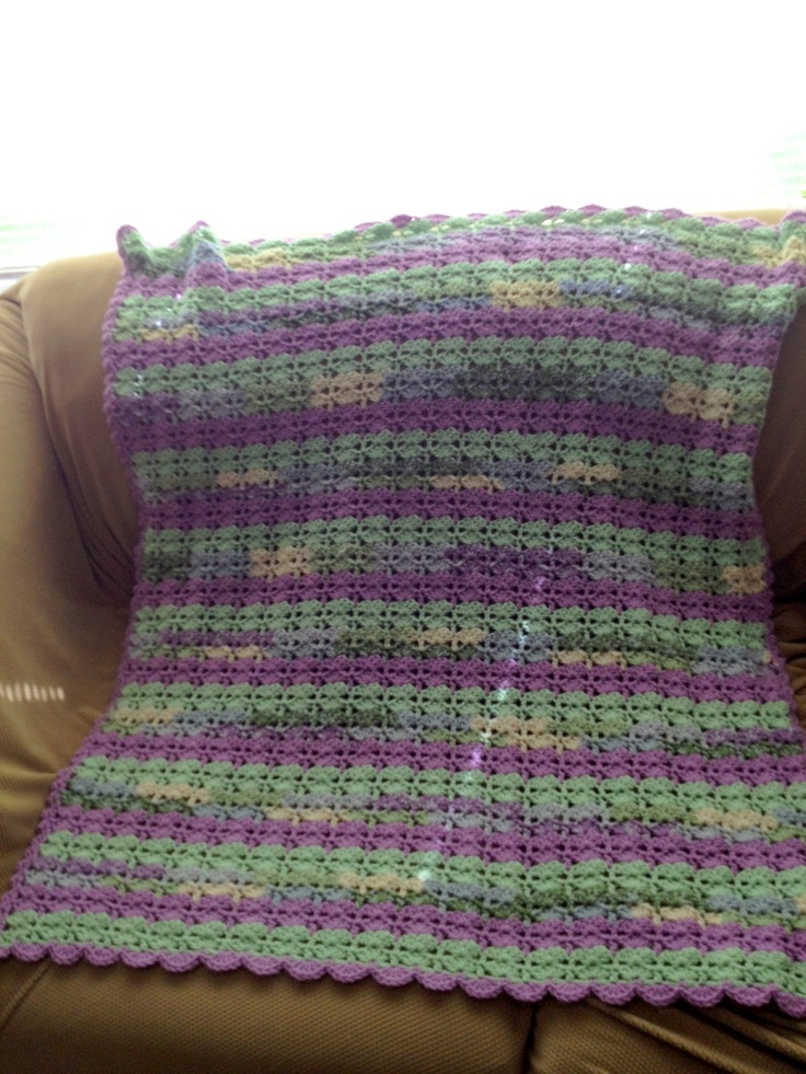 Crochet Baby Blanket Patterns Variegated Yarn : Pin by Courtenay Ritchie on Crochet Pinterest