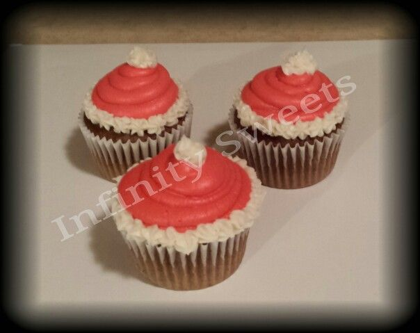 Santa Hat Christmas Cupcakes | My Creations! | Pinterest