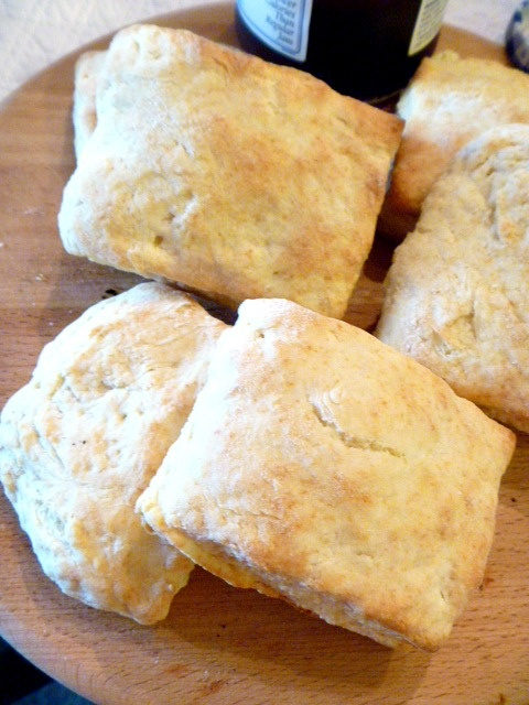 Old Fashioned Biscuits - I LOVE BISCUITS but my body does not! LOL. I ...