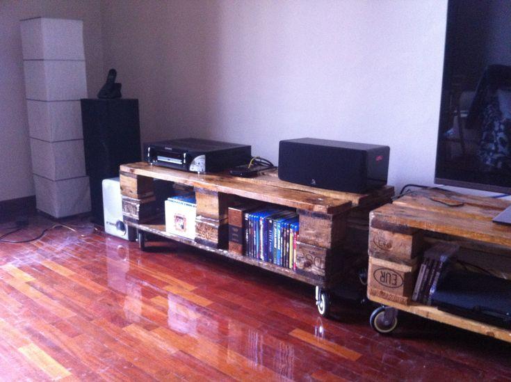 Mueble tv con palets reciclados decoraci n pinterest - Muebles de palet reciclados ...