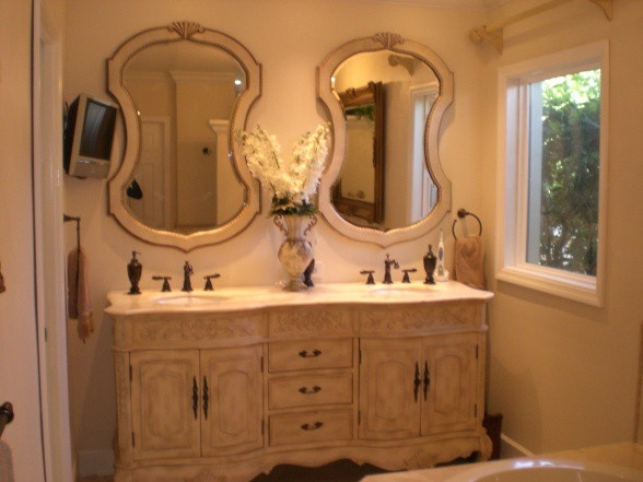 French country bathroom home decor country french for A bathroom in french