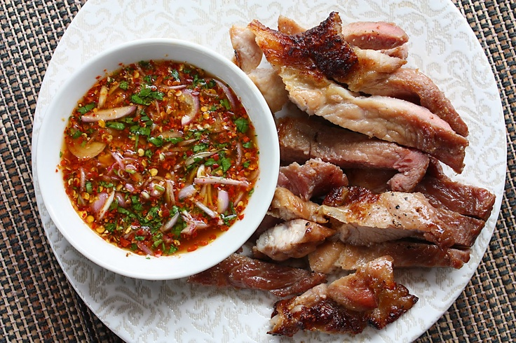 Ko Mu Yang - Grilled Pork Neck Thai-Style with Dried Chilli Dipping ...
