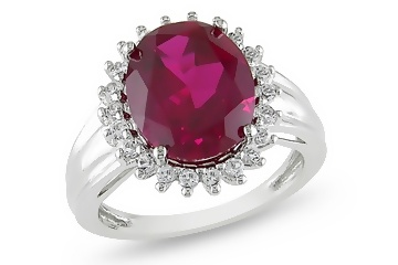 Similar design of Kate Middleton's ring but with Ruby!