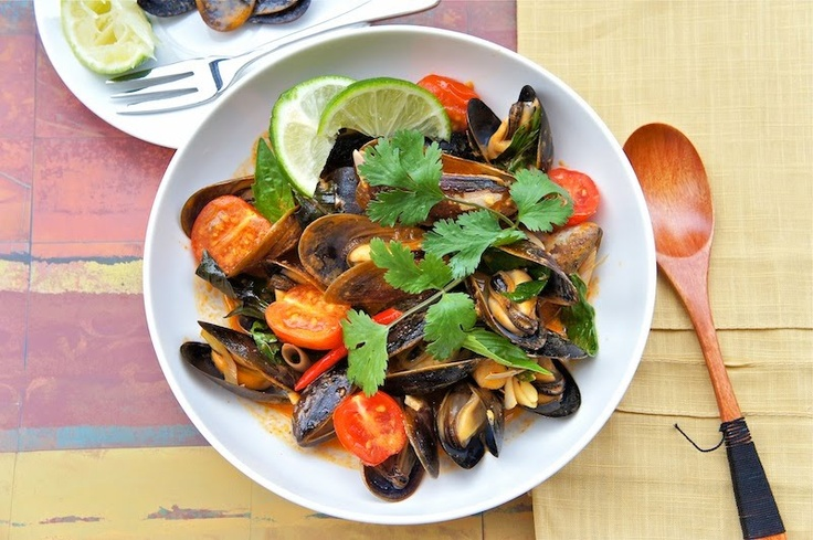 Saltspring Island Mussels With Red Curry Paste #seafood #curry