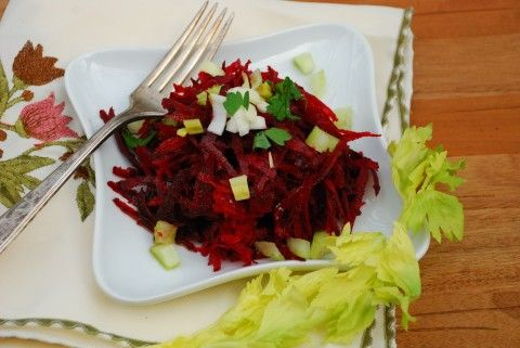 Raw Beet Salad | Raw Eats | Pinterest