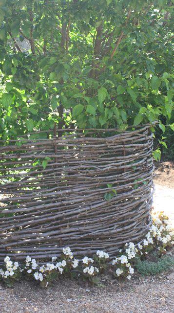 Wattle fencing garden stuff pinterest for Blackbird designs english garden