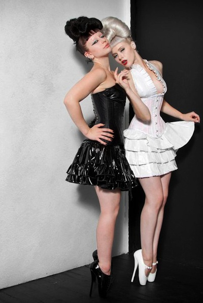 Pin by Caroline Ellis on Corset Corsetry Corsets Steelboned corsets ...