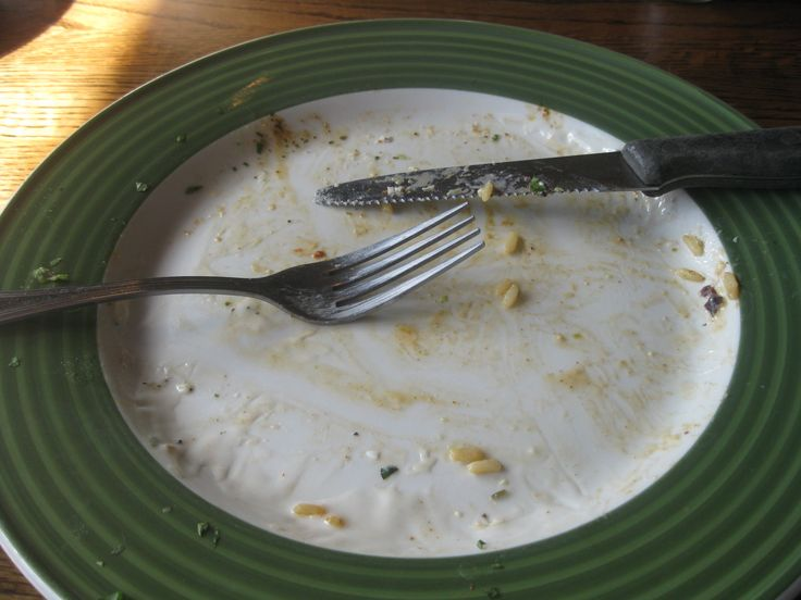 #eating #delicious #food at #Applebees will have you #cleaning up the #dinner #plate like this and #walking away with a #smile on your #face - www.DrewryNewsNetwork.com/register