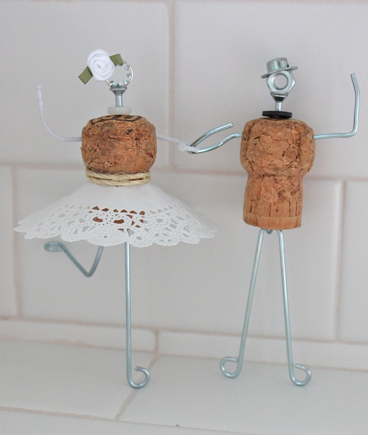Cake Art Cork : Pin Whimsical Cork Wedding Cake Topper With Dress From ...