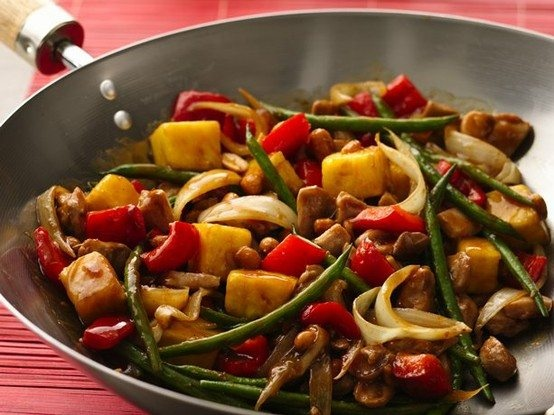 Sweet and spicy stir-fry chicken | food | Pinterest