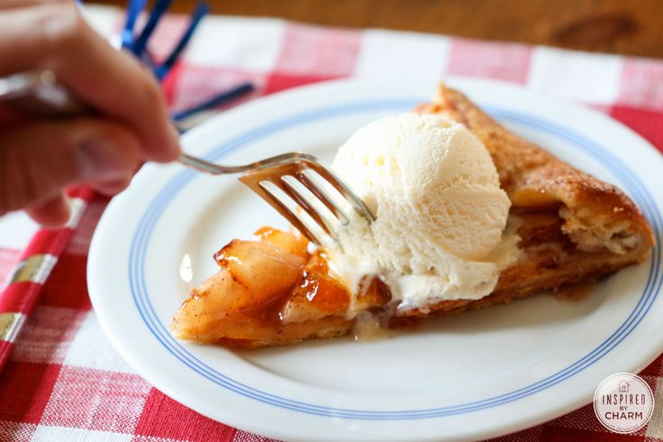 Homemade Apple Pie With Smokey Bacon And Cheddar Cheese Crust Recipe ...
