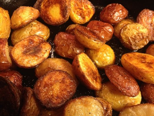 Salt & Vinegar Roasted Potatoes | Healthy nom noms | Pinterest