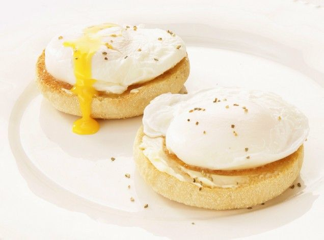 Poached egg muffin | Sweets and Drinks | Pinterest