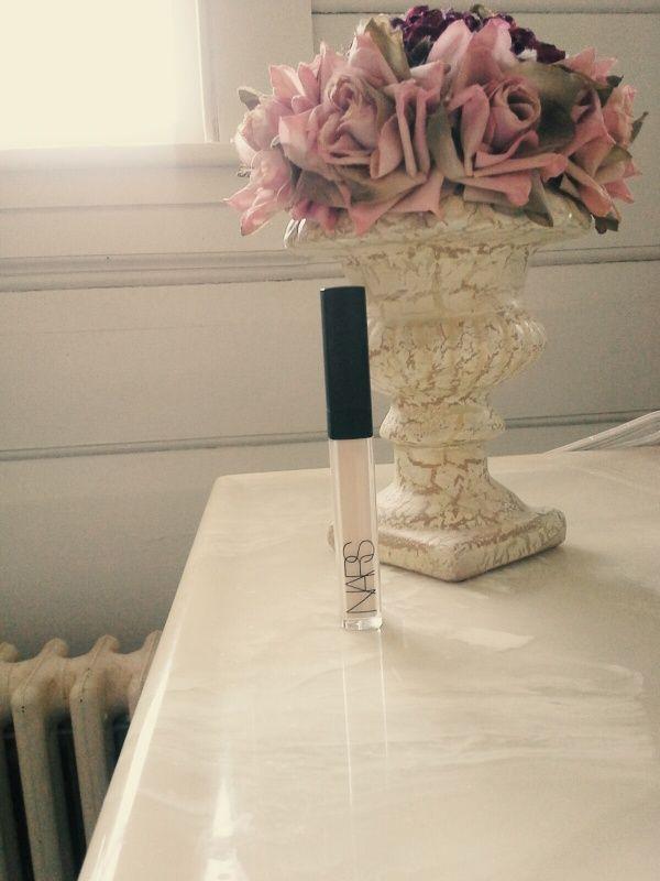 #nars #creamyradientconcealer #makeup #romantic #fleur