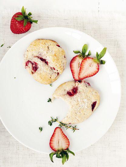 12 mouthwatering recipes for Easter brunch // Strawberry shortcake cookies #easter #brunch #dessert #recipe