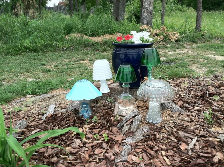 Mushrooms from recycled glass garden crafts pinterest for Garden ornaments from recycled materials