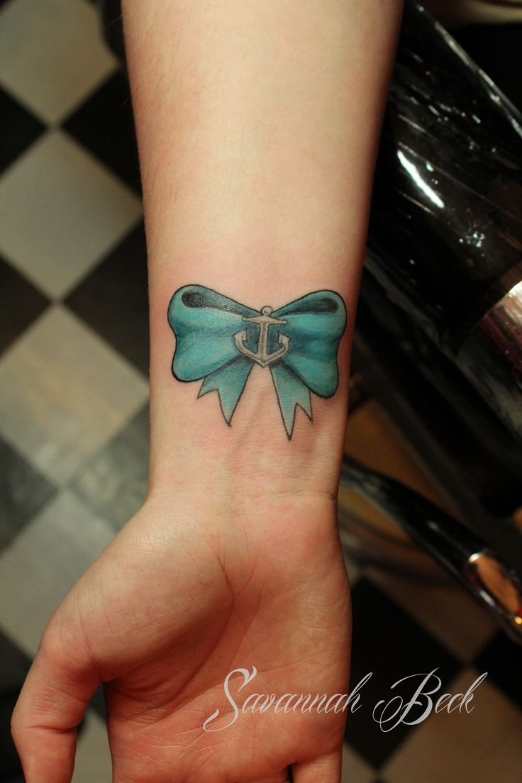 Girl tattoos cute wrist bow tattoos for Cute bow tattoos