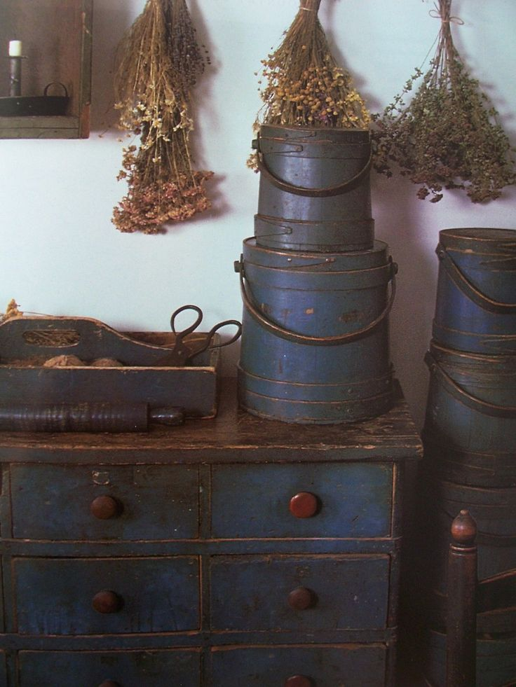 Country decorating discount shipping early primitives for Antique decoration