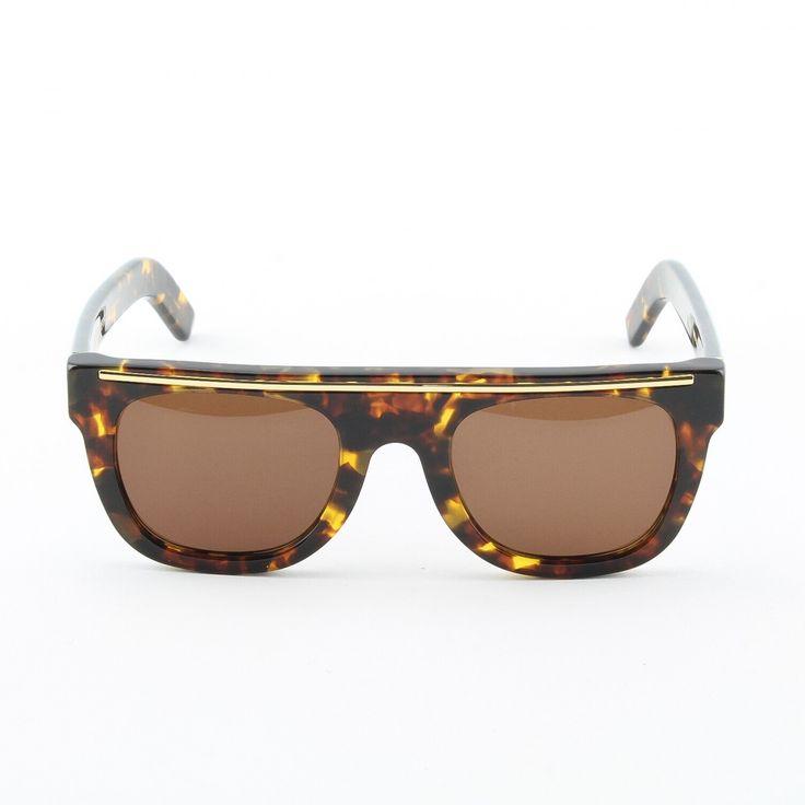 25034f6097c Super Sunglasses By Retrosuperfuture Flat Top Wayfarers Black gold ...