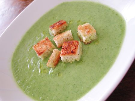 Zucchini swiss chard soup--This will be good to use up my bumper crops ...