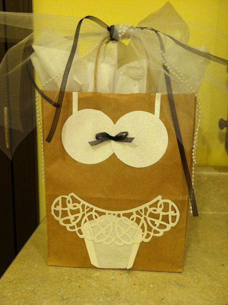 Ideas For Wedding Gift Bags : Bridal shower gift bag great ideas and gifts Pinterest