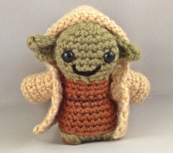 Crochet Patterns Yoda : Amigurumi Yoda