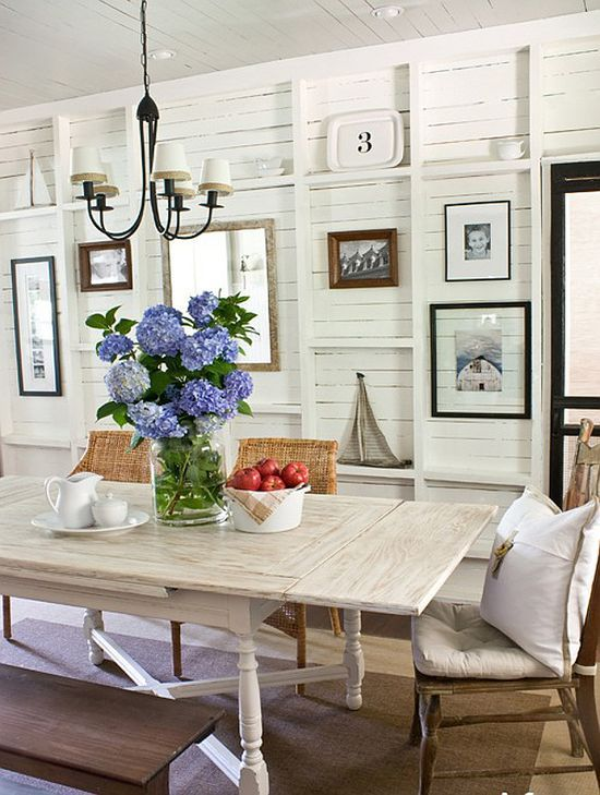 Marvelous coastal dining room ideas dining room beach for Coastal dining room ideas