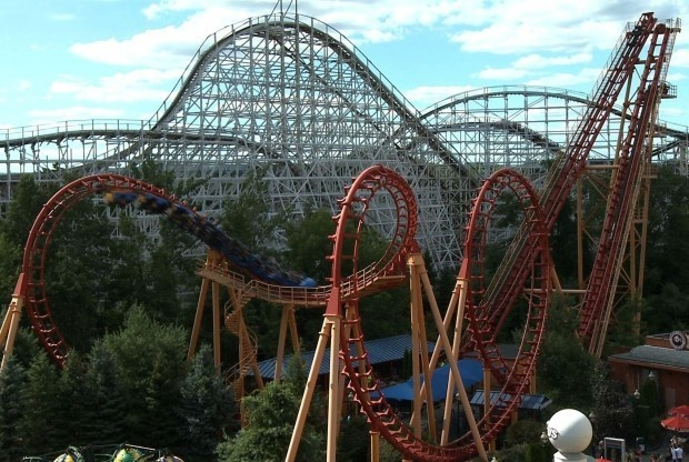 opening day for six flags