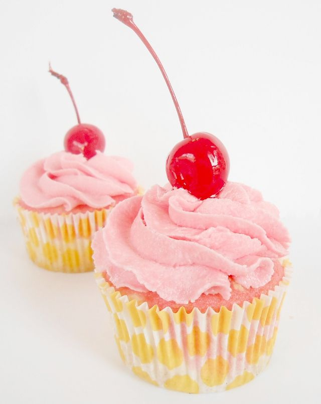 Shirley Temple Cupcakes | i flipping love food; dessert edition | Pin ...