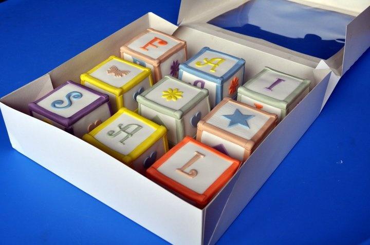 Building blocks cakes | birthday ideas | Pinterest