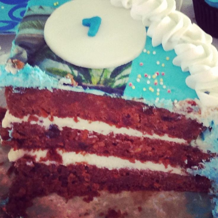 carrot cake with cream cheese filling   Brittnay's Bakery   Pinterest