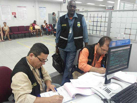 22/09/2014 - Fiscalização de Qualidade no Atendimento a Usuários em Magé, RJ