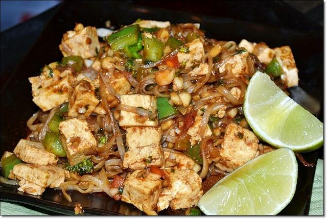 thai lean tofu pad thai pad thai or phat thai is a yummy thai rice ...