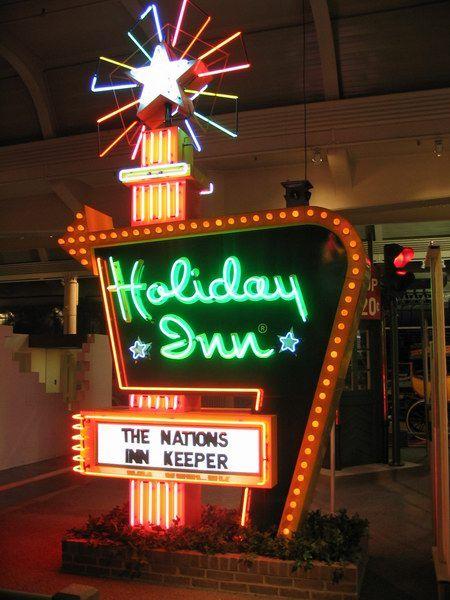 Holiday Inn. | Vintage Neon Motel Signs | Pinterest