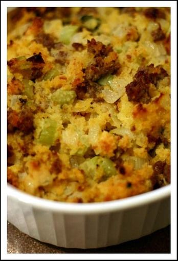 Cornbread and Sausage Stuffing | I Saw I Cooked We Ate | Pinterest