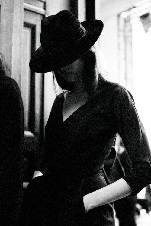 .black hat