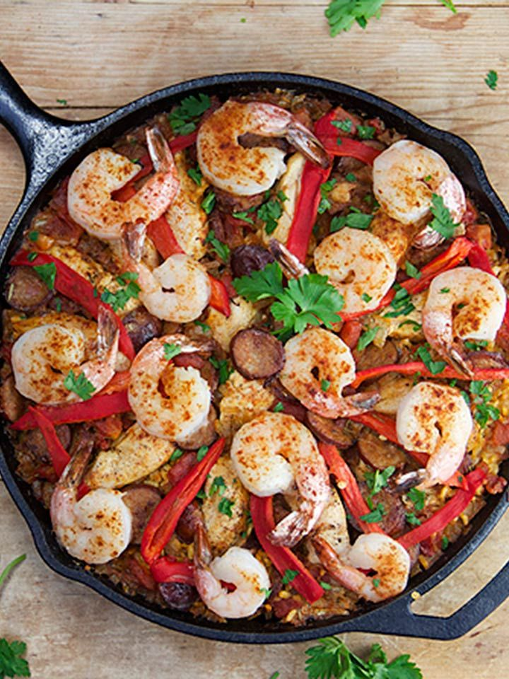 Easy Spanish Paella in an hour