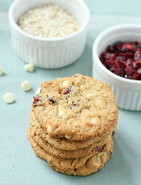 White Chocolate Cranberry Oatmeal Cookies- I'm not a white chocolate ...
