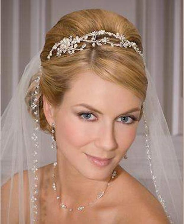Updos With Headbands And Veil For Bride | My Style | Pinterest
