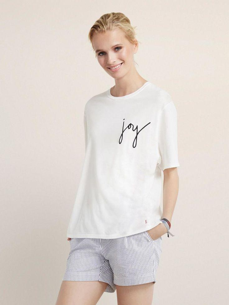 Ellen DeGeneres' Clothing Line is Finally Here