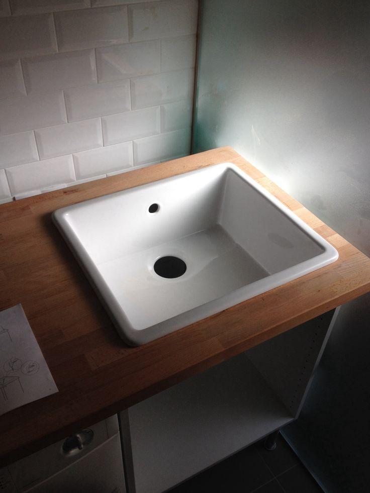Deep White Sink : Deep white ceramic sink