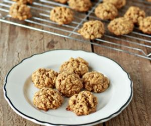 Spiced Pumpkin Oatmeal Cookies | Cookies | Pinterest
