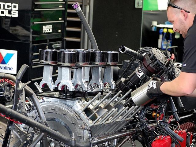 rebuilding top fuel engine 8 000 hp pinterest. Black Bedroom Furniture Sets. Home Design Ideas