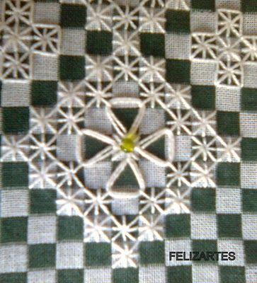 FELIZARTES: Bordado em pano xadrez