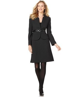 a line skirt suit style